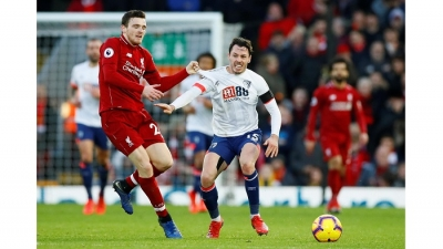 Premier League: Liverpool cruise back to the summit, United surge on