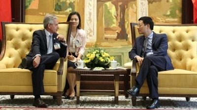 Argentina seeks to cooperate with Vietnam in telecoms and internet