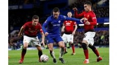 Man United primed to dent Liverpool title bid
