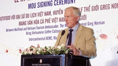 Golf legend, NutiFood ink deal to popularise Vietnamese coffee