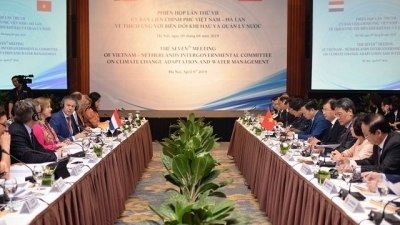 Vietnam, Netherlands strengthen cooperation in climate change adaptation and water management