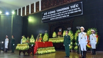 State funeral held for general Dong Sy Nguyen