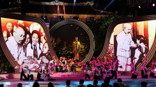 Live TV programme marks 50 years of President Ho Chi Minh's testament