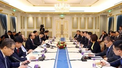 Vietnam creates optimal conditions for Chinese businesses: PM Phuc