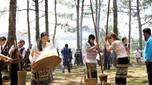 More than 300 artists perform Lam Dong ethnic culture festival