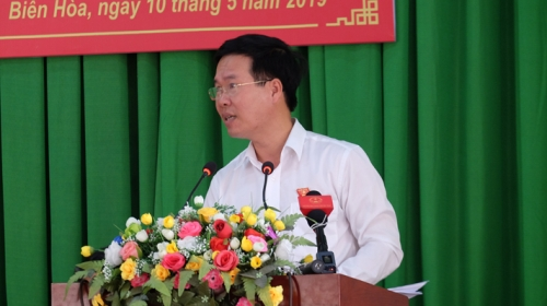 Party education head meets voters in Dong Nai province