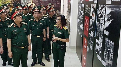 Minister of Defence visits Ho Chi Minh Trail Museum