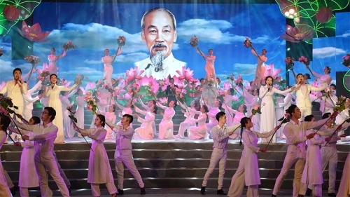 May 13-19: 129th birth anniversary of President Ho Chi Minh celebrated
