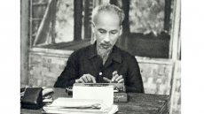 Continuing to write epic of Ho Chi Minh era