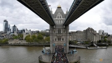 Athletics: Record London Marathon entries pass 450,000