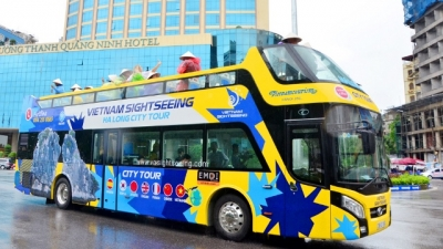 Ha Long launches first-ever double decker bus tour service