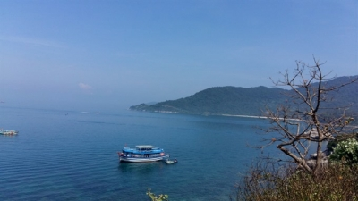 Cham Islands acts to eliminate plastic waste
