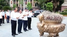 Deputy PM Truong Hoa Binh visits historical sites in Son La
