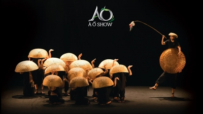 August 5 – 11: A O Show by Lune Production in HCMC