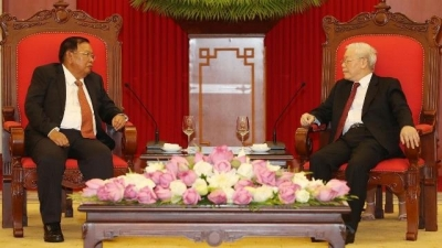 August 5-11: Party, State leader Nguyen Phu Trong welcomes Lao counterpart