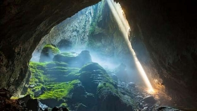 Tour of Son Doong cave listed among world's greatest adventures
