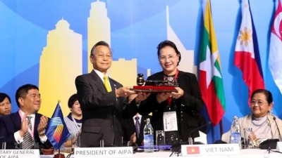 August 26 - September 1: NA Chairwoman visits Thailand
