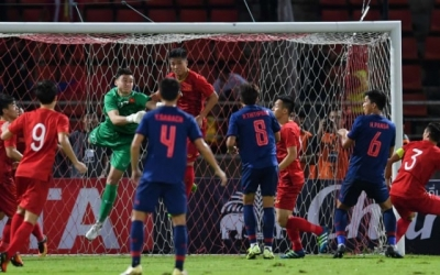 Impressed Van Lam helps Vietnam earn valuable point against hosts Thailand