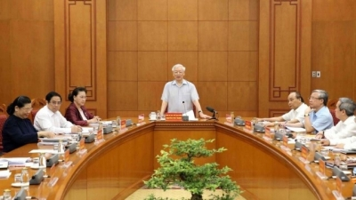 September 2 – 8: Party chief chairs meeting of sub-committee on 13th Party Congress documents