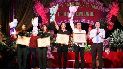 Ceremony marks 10th anniversary of Vietnam Stage Day
