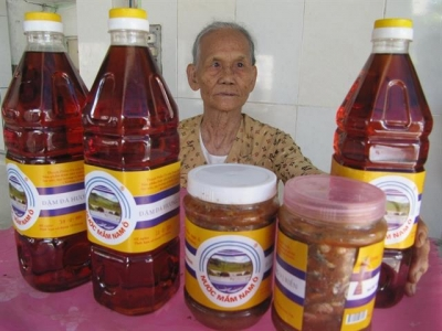 Fish sauce, pottery in central region recognised as heritage