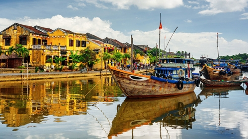 US magazine names Vietnam in top 10 Best Countries