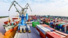 Vietnam posts import-export revenue of over US$428 billion in 10 months