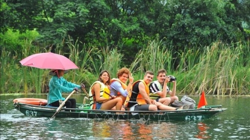 Vietnam's tourism sector witnesses new record growth