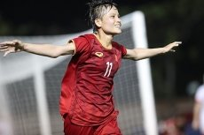 Vietnam beat Philippines to make women's football final