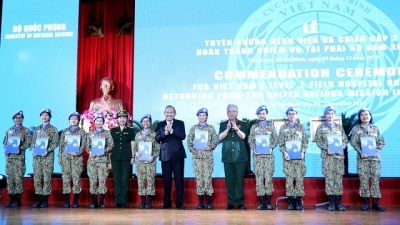 December 2-8: Vietnam peacekeeping force honoured for completing UN mission