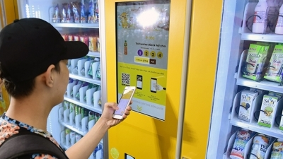 Mobile money to open new playing field for Vietnamese carriers