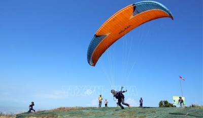 National Paragliding Club Championship opens in Da Nang