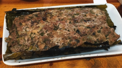 Minced pork grilled in 'dong' leaves