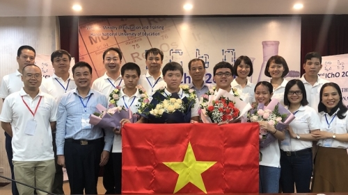 Vietnam wins four gold medals at International Chemistry Olympiad