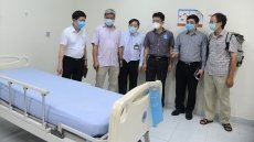 Deputy health minister works with Quang Nam on COVID-19 combat