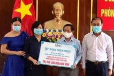 Businesses donate VND2.2 billion to help Quang Nam fight against COVID-19