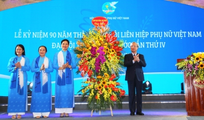 Ceremony marks 90th founding anniversary of Vietnam Women's Union