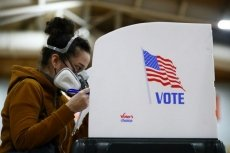 US early voting tops 70 million, continuing historic pace