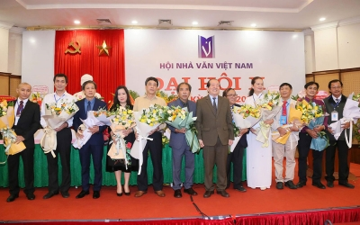 """Congress Year"" of Vietnamese literature and arts"