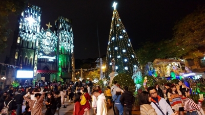 Expats enjoy full and peaceful Christmas in Vietnam amid COVID-19