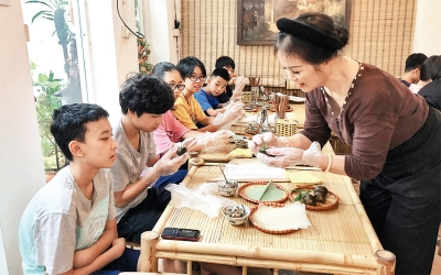 Artisan exerts efforts to preserve Hanoi typical culinary features