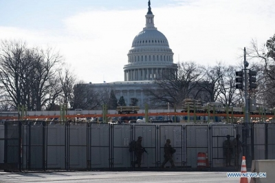 Entire US Capitol complex on lockdown due to nearby fire