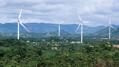 Quang Tri approves investment in three wind power projects