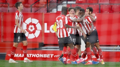 Sevilla fade from title race with loss to Athletic