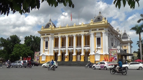 The Opera House An Outstanding French Architecture Work In Hanoi