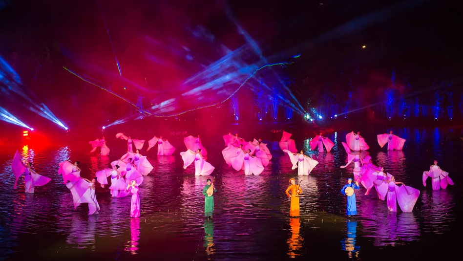 """Tinh Hoa Bac Bo"" show named top outdoor cultural spectacle in 2019"