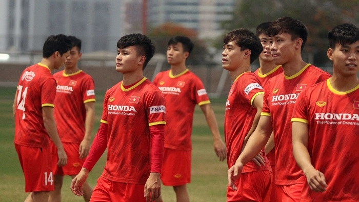 Who will be XI for Vietnam against Malaysia with star midfielder Quang Hai suspended?